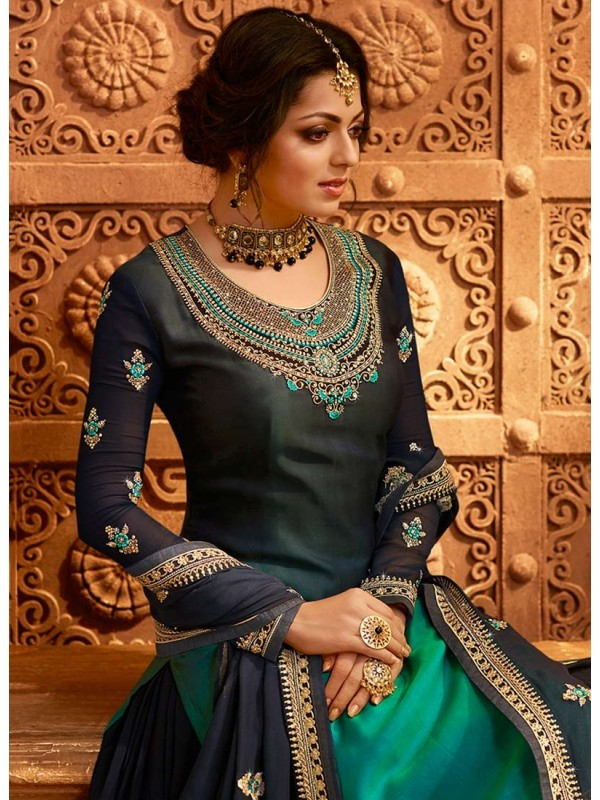 3002542 Peacock Green Bollywood Salwar Kameez